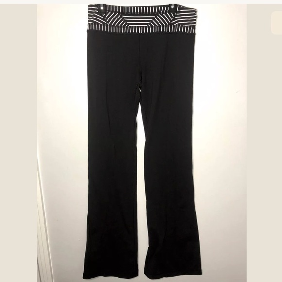 239aa5382 lululemon athletica Pants - Lululemon Sz 10 Tall Groove Pant Black Yoga  Pants
